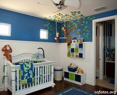 quarto de bebês azul e branco