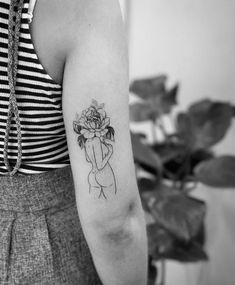 Head Tattoos, Cute Tattoos, Beautiful Tattoos, Flower Tattoos, Body Art Tattoos, Small Tattoos, Girl Tattoos, Tattoos For Women, Piercing Tattoo