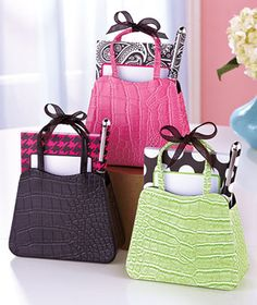 notepad & pen set - $6.95 - purse would make a cute pen holder on desk #gifts, #stocking stuffer,