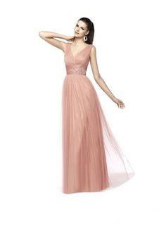 Vestido NIAMEY en rosado con corte imperio y falda recta.