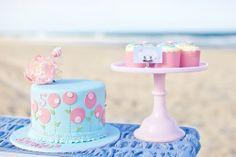 Encantadora fiesta de cumpleaños en la playa