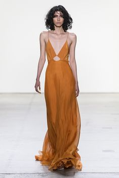 Orange V neck tiered gown in silk chiffon with low cut out back. Invisible zipper up the back. Fully lined in silk. Casual Skirt Outfits, Casual Dresses, Prom Dresses, Formal Dresses, Long Dresses, Fashion Week, Runway Fashion, High Fashion, Shrug For Dresses