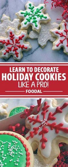Looking for a way to spruce up your holiday cookie decorating this year? You need Foodal?s ultimate guide to mastering royal icing! Use our easy recipe and try our different techniques for decoration styles. The desserts at your next holiday gathering wil Christmas Sweets, Christmas Cooking, Christmas Goodies, Christmas Recipes, Christmas Cookie Icing, Simple Christmas, Valentines Day Cookies, Holiday Cookies, Holiday Treats
