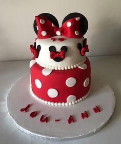 Gâteau 2 etages Minnie