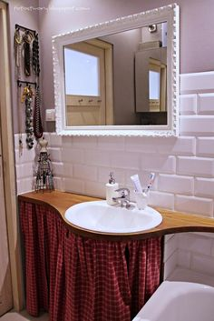 bathroom, white, grey, wood, mirror from:: fotostwory@blogspot.com
