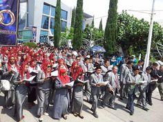 Los Coros Cantando por las calles de Hp  Junio 2014