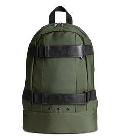 H&M - Backpack - Khaki green - Men Green Backpacks, Cool Backpacks, Green Man, Khaki Green, Fashion Bags, Fashion Accessories, Men's Fashion, Backpack Bags, Shoe Bag