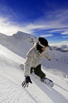 Go carve a face - Snowboarding