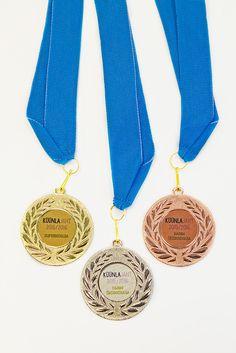 """Küünlaümbriste jaht 2015/2016"" medalid parimatele www.stillabunt.ee"