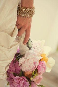 (Foto 13 de 14) Joyas Inspiración Vintage para Novias. Haz que recuperen todo su esplendor y belleza con unos esmerados cuidados antes de la boda., Galeria de fotos de Joyas Inspiración Vintage para Novias