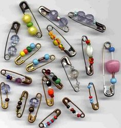 Friendship pins  LOVE THESE TOO. WHO WANTS TO MAKE SOME W ME? USED TO PUT THE ON MY LACE FREE CONVERSES!
