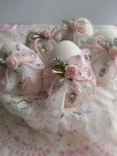 Shabby Chic Easter Eggs easter easter eggs easter decor easter decorations pretty easter eggs easter graphics