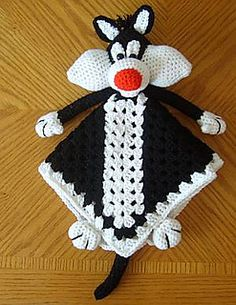 ao with <3 / Sylvester Lovey Blankie Can one of my crochet friends PLEASE make me this for a present!? He's my favorite!