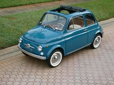 I love classic cars, and would really like a Fiat 500 Fiat Cinquecento, Fiat Abarth, Fiat 500l, Retro Cars, Vintage Cars, Turin, Fiat 126, Fiat Cars, Unique Cars