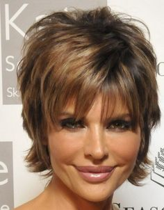 A collection of the more mature hairstyles of Lisa Rinna. Lisa Deanna Rinna (born July is an American actress. Fat Face Haircuts, Hairstyles For Fat Faces, Short Shag Hairstyles, Short Hairstyles For Women, Cool Hairstyles, Cropped Hairstyles, Hairstyles 2016, Latest Hairstyles, Pixie Haircuts
