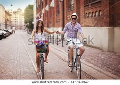Riding Bicycle Fotos en stock, Riding Bicycle Fotografía en stock, Riding Bicycle Imágenes de stock : Shutterstock.com