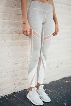 2 tone legging #workoutclothes #workout #clothes #cheap #athleticoutfits #athletic #outfits #running #leggings #womensleggings #fitness #gym