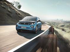 Nuova BMW #i3: Chi ha detto che non si può leggere il futuro? #BMWroma #roma #rome #supercars #bmwlovers #energia #risparmio #natura