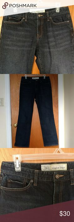 🎆 50% Off! LOFT Boot Cut Jeans Use the offer button to only pay 50%! See my sale listing for more details.  Dark blue boot cut jeans by Ann Taylor LOFT. EUC, like new condition! 5 pocket design. Stitching on back pockets. From a smoke free, pet free home. LOFT Jeans Boot Cut