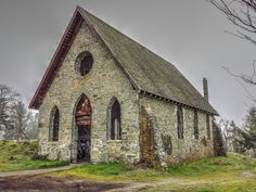 """Old Stone """"Butter"""" Church"""