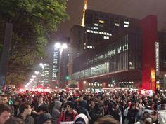 G.H.: Estudantes protestam na Av. Paulista contra reform...