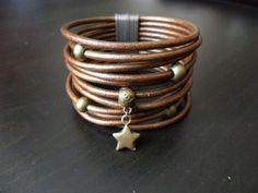 Bracelet manchette cuir bronze perles métal etoile fermoir aimant Bijoux fantaisie Nouvelle collection : Bracelet par lolit-artcreation