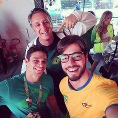 Casa Time Brasil com o nosso atleta olímpico @chicobarrettojr e @marcus_vinicius_freire! Fantástico!  #CasaTimeBrasil #FhitsRio @fhits
