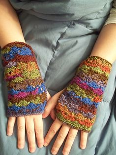 Welcome: Free pattern for fingerless gloves