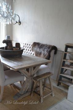 Kloostertafel met kruispoot gezocht? Met Landelijk Label in Borne biedt prachtige, stoere en landelijke kloostertafels aan. Kom gerust langs in onze winkel om deze tafel te komen bekijken!
