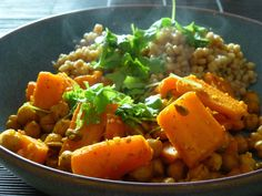Carrot and chickpea stir-fry with maftoul