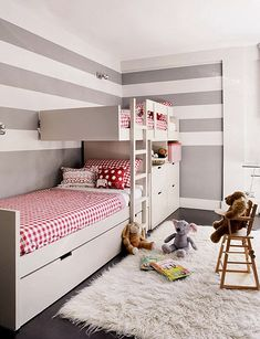 Youngsters Bedroom Furnishings – Bunk Beds for Kids Bunk Beds Boys, Modern Bunk Beds, Kid Beds, Painted Bunk Beds, Bed Photos, Kids Room Paint, Bunk Bed Designs, Baby Boy Rooms, Trendy Tree