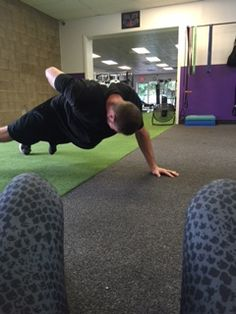 It's push up Friday with Diet Doktor Kyle www.gravitytrainingzone.com #beastmode #arms #bootcamp #bootie #cardio #core #diets #exercise #eattolose #fatloss #freehold #gymrat #healthylife #inittowinit #jacked #killinit #morganville #nodaysoff #noexcuses #organic #oldbridge #personaltrainer #painpainpain #summerslam #weightloss