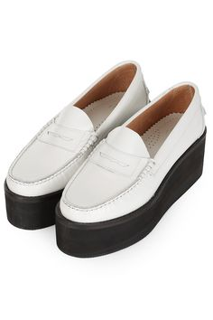 **Leather Flatform Loafers By J. Anderson for Topshop - Flats - Topshop Funny Shoes, Boots 2016, Dress Shoes, Shoes Heels, Pumps, Topshop Unique, Black And White Shoes, It Goes On, Loafers Men
