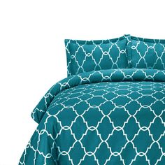 The Lattice Bedding - Grey from Urban Barn is a unique home decor item. Urban Barn carries a variety of Bedding and other products furnishings. Purple Bedding, Grey Bedding, Colorful Throw Pillows, Decorative Pillows, Unique Home Decor, Home Decor Items, Apartment Makeover, Apartment Ideas, Urban Barn