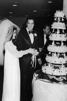 Elvis-wedding-cake