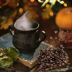 GIF by Mani Ivanov. Discover all images by Mani Ivanov. Find more awesome images on PicsArt. Good Morning Winter, Good Morning Gif, Morning Coffee, Coffee Theme, Coffee Love, Coffee Pictures, Coffee Pics, Morning Greetings Quotes, Chocolate Coffee