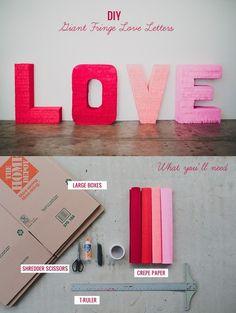Letras gigantes para tu boda / http://greenweddingshoes.com/