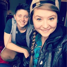 Grace Hiltner Ashley Mardell = the cutest freaking couple EVAR Cutest Couple Ever, Interesting Faces, Phan, Civil Rights, Girls In Love, Mom And Dad, Pretty People, Cute Couples, Youtubers