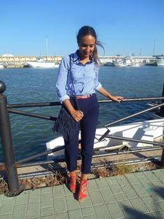 Mix and match, look, outfit, summer, chic, working girl, blue, stripes, shirt, red, sea
