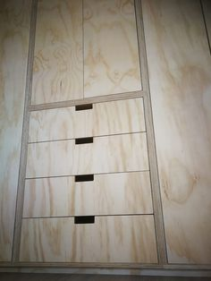 Who Moves Furniture For Carpet Installations Code: 8264133279 Modular Furniture, Plywood Furniture, Cool Furniture, Wooden Workshops, Plywood Interior, Plywood Kitchen, Joinery Details, Wood Shop Projects, Small Apartment Design