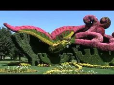 Montreal Botanical Garden's living sculptures are insanely surreal | Road Trip - Discover Your America with Roadtrippers