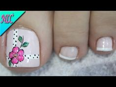 DECORACIÓN DE UÑAS FLORES PARA PIES - FLOWERS NAIL ART♥ - CÓMO PINTAR FLORES - NLC - YouTube Flower Nail Designs, Flower Nail Art, Toe Nail Designs, Pedicure Nail Art, Toe Nail Art, Cute Toe Nails, My Nails, Minimalist Nails, Fall Nail Art