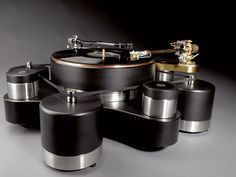 Billedresultat for bergmann tonearm Audiophile Turntable, High End Turntables, Horn Speakers, At Home Movie Theater, Record Players, High End Audio, Hifi Audio, Phonograph, Cool Tones