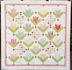 Queen Size Tulip Quilt  Strawberry Fields by CottonBerryQuilts