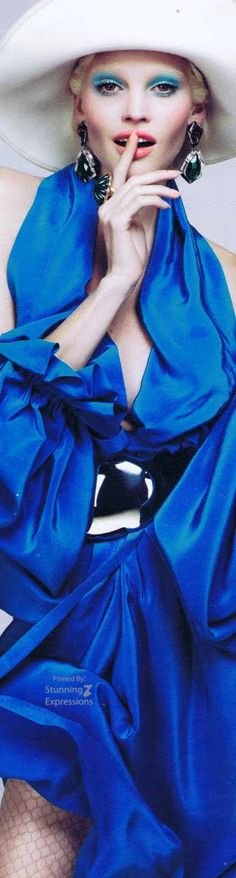 Mert Alas and Marcus Piggott - Photographer Alex White - Fashion Editor/Stylist Paul Hanlon - Hair Stylist Lucia Pieroni - Makeup Artist Lara Stone - Model Lara Stone, Fashion Models, Fashion Editor, Editorial Fashion, Gif Fashion, Color Me Beautiful, Alex White, Blue And White, Dark Blue