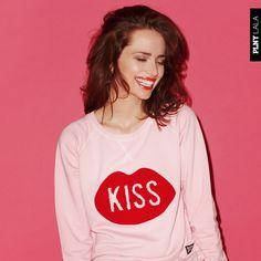 #PLNYLALA #KISS #LUKASZZIETEK #MARIAGACA #LOVE