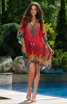 Perfect for your next vacation, the coral Poinsettia cape from Vero Milano is made from a light fabric, and has an exclusive print. Boho Inspiration, Poinsettia, Most Beautiful Women, Summer Collection, Best Sellers, Designer, Beachwear, Cover Up, Coral