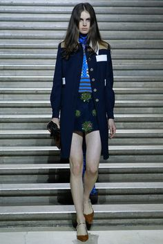 See the complete Miu Miu Resort 2015 collection.