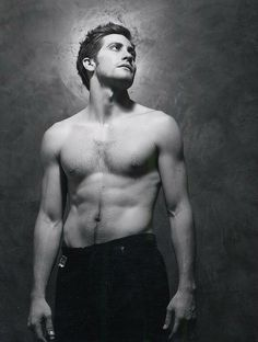 Jake Gyllenhaal or a piece of art, no one knows                                                                                                                                                                                 Plus