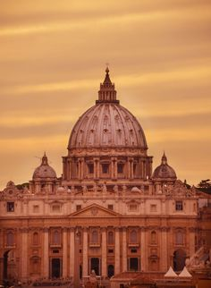 24 Travel Destinations to Ignite Your Love of Photography |   Rome, Italy via www.thewanderinglens.com